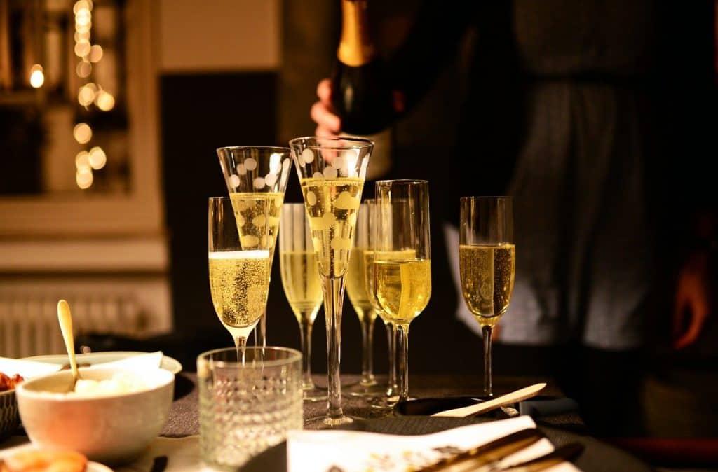wine recommendations- glasses, champagne glasses, champagne
