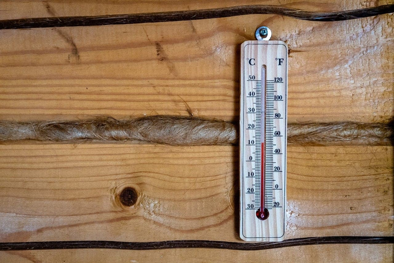 How to build a wine storage facility- thermometer, temperature, climate